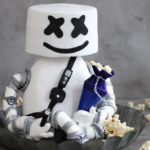"3D Motivtorte ""Marshmello aus Fortnite"""
