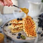 Salted Caramel Croffles mit Heidelbeeren - Der beste Foodtrend!